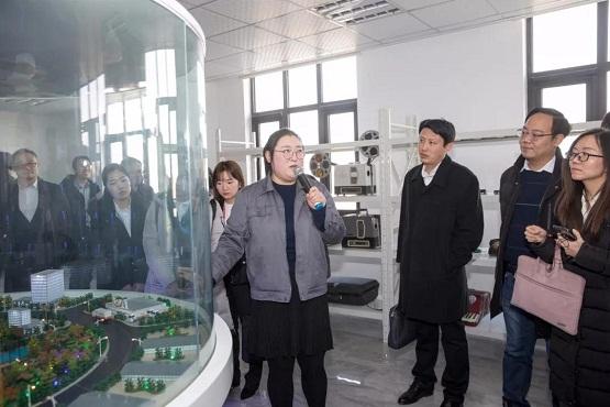 互看互学互比,天津市30位互联网企业家做客拾起卖