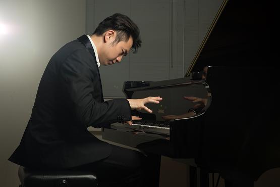 Treblebass:邱世杰为喷鼻港幼儿钢琴教导开创新范畴